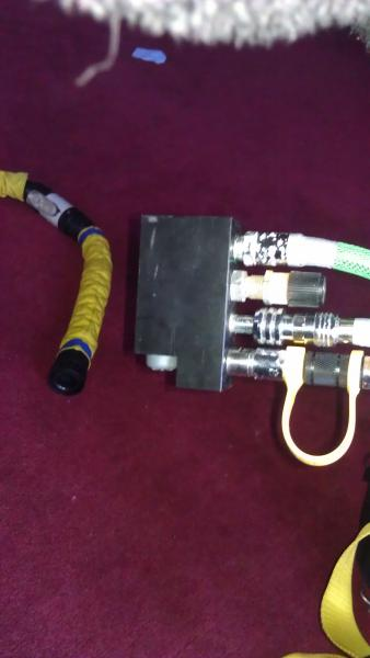 O2 MAV with needle valve (converts unit into a hybrid if desired).